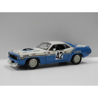 1:18 Ford XR Falcon Falcon GT - 1967 Bathurst Winner (Firth/Gibson) #52D