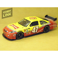 1:24 TOYOTA CAMRY-LITTLE DEBBIE (M.AMBROSE) 2009 #47