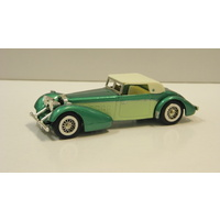1:48 1938 Hispano Suiza (Two Tone Green with White Roof)