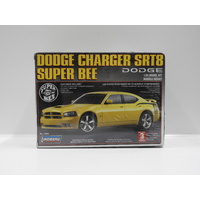 1:24 DODGE CHARGER SRT8 SUPER BEE