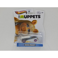 1:64 Miss Piggy  - The Muppets - Made in Malaysia