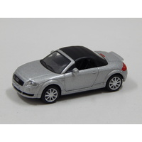 1:72 Audi TT (Silver with Black Roof)