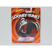 1:64 1940 Ford - Looney Tunes - Made in Malaysia