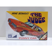 "1:25 Annie Beswick's ""The Super Judge"" Funny Car"