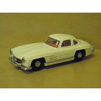 1:43 1955 MERCEDED BENZ 300SL GULLWING (WHITE)