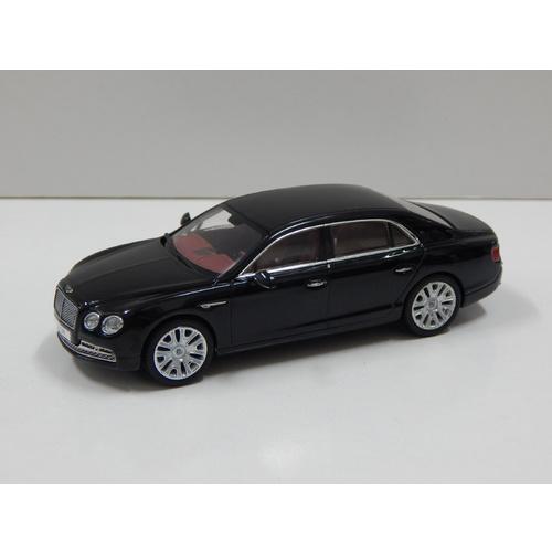 2012 Bentley Flying Spur W12 Diamond Black: 1:43 Bentley Flying Spur W12 (Onyx