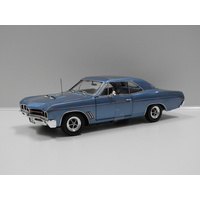1:18 1967 Buick GS 400 (Blue) Includes 1:64 Model Replica